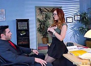 Busty Dani Jensen Pissalute Roux Sexy |