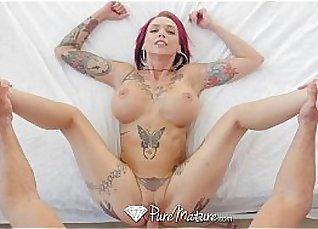 Tattooed nerd BBC Sasha gets rammed |