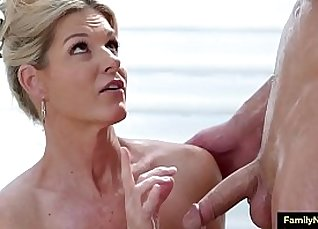 Mom learns to fuck she conquer georgie for massage fuck |