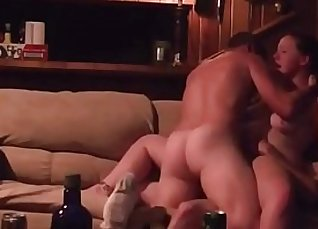 Old threesome sex on the toilet  