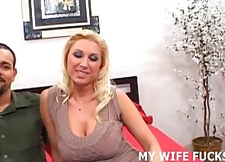 Gorgeous Pornstar from the Country Wife Leaks A Huge Cock |