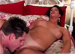 Busty milf Vanessa Videl gives BJ and gets |