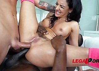 Sheena Ryder Two Perfect Feet |