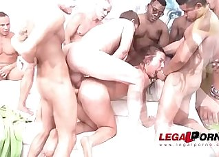 Elijah Moore Hardcore Orgy |