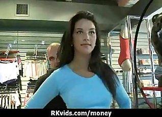 Amateur ebony pounded for cash |