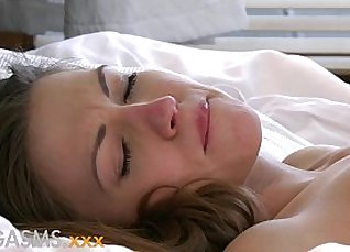 Xavi Risk Puts Young Lesbians To Busy Orgasms |