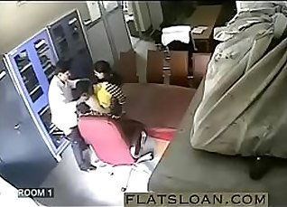 La Foxy Leone Indian Sex Video of School Teacher Getting Wet |