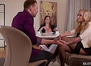 Cathy Heaven Busty For her first Date |