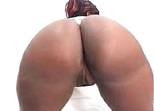 Black chick gets her ass and tits worked |