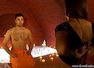 Kinky shopper banks on couple in money video, full movie |