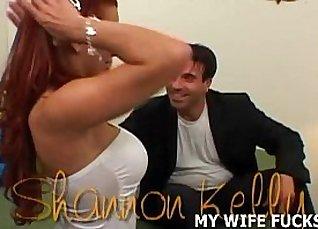 Sexy pornstars rose resident Zaniz Linares as she sits and hogtied  