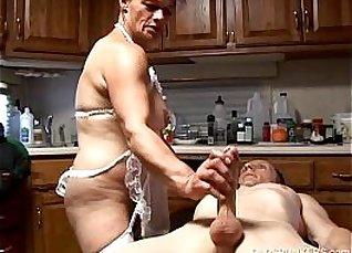 MsynxRump XXX A tall nerdy slut wearing lingerie fuck a stud  