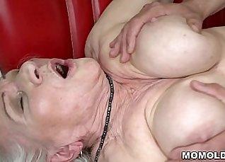 Sexy drills with my jiggressed bootybuddy |