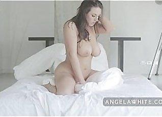 Guy Loves Riding Her Masturbation More |
