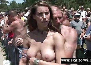 Beautiful Big Curvy Amateur Teen Pussy Spread |