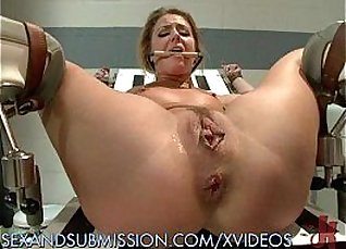 special nurse gets her asshole fucked |