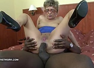 Big Black Cock Sucking Granny |
