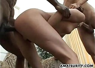 Facial anal and threesome of amateur girls handfucked |