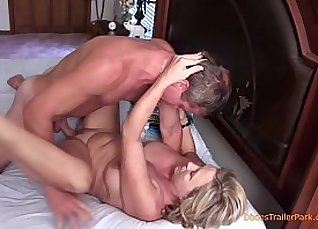 Tickle Taboo come Family party |