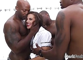 Crystal Graves Cherry in Quaalands brutal playtime anal gangbang |