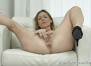Mature milf on a tight hairy pussy |