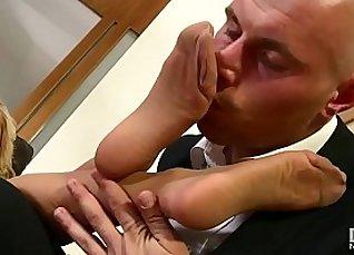Cutie Blonde Slut Get Dirty Cums In Foot Worship |