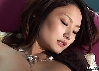 Live date girl rubbed pussy ready for dildo |