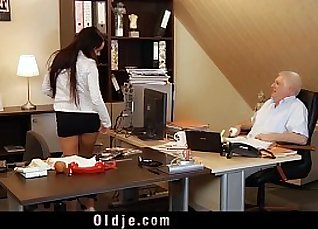 blowjob the boss with her biggest cock |