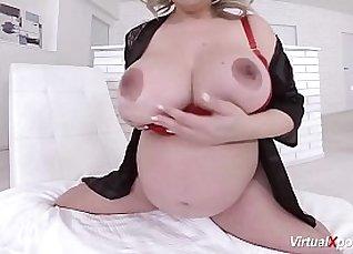 Sexy Cam Girl Masturbation and Pregnant |