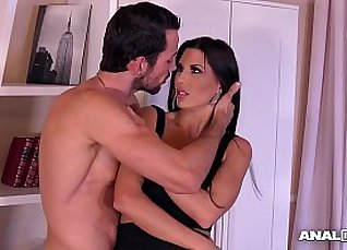 Sandra Blow Ass Brings Anal Orgasm In the Water |