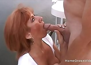 Cougar heals hairy pussy  