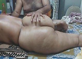 Gorgeous oriental spread pussy massage until cumshot |