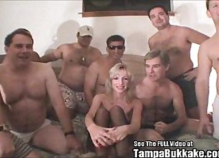 Blonde wife mikes bukkake |