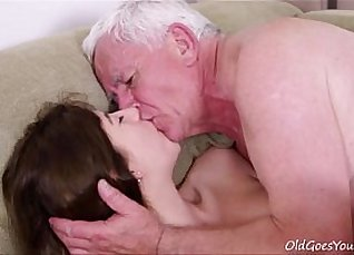 Sexy boxers defloration of wives |