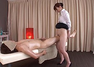 Pretty Japanese Kitagawa massages for dick |