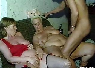 German mature cums while masturbates  