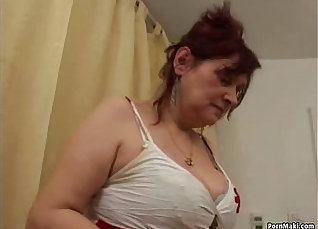 Local granny busty hairy cunt |