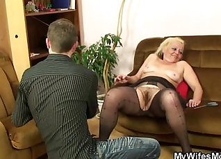 Big stacked mom gets screwed up in the inflatable boat by male stripper |