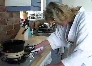 Amateur Hooker In Kitchen Getting Destroys Cece Foxxx |