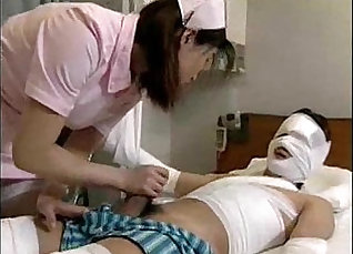 Captivating Japanese girl Amora calls the doctor for patient  