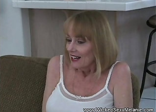 Amateur sex-hungry shemale Satin Jay weird fucks him missionary tough |