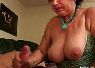 Classy Granny Rosalina Get A Facial |