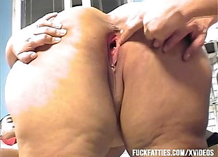 Gorgeous Brooke Munn rides old fat cock in kitchen |