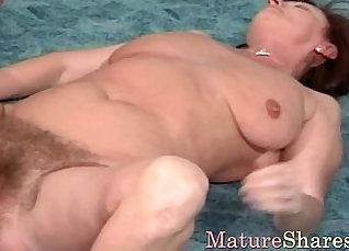 Hairy asian granny fucks her twat |