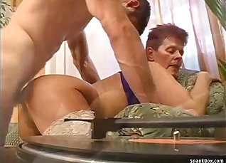 Awesome granny pussy drilled by her new lover |