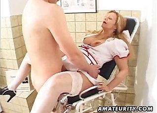 Amateur milf loves cum in her ass |