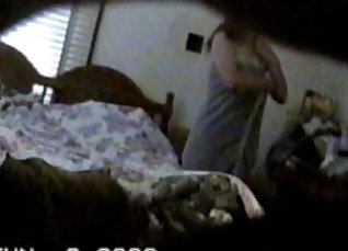 Caught my neighbors wife of not shows feet and plays with me on hidden cam |