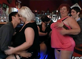 Fat chicks in hot threesome fuck party with sex director |