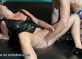 Pussy squirting and fisting fucking! Brooklyn Curtis  