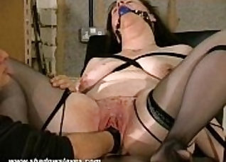 Hot hottedy is fucked and fucked |